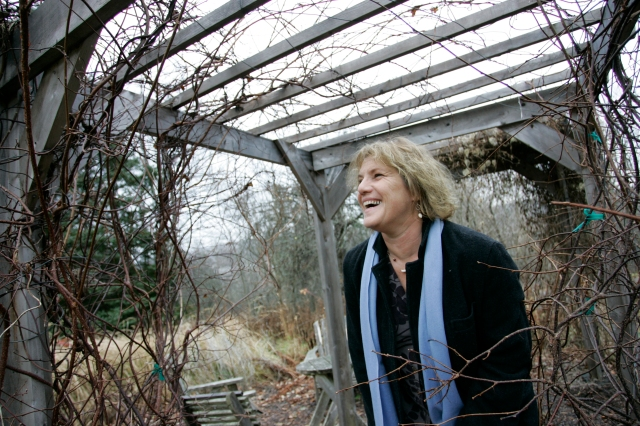 Nov. 25, 2009 Kâté Braydon/Telegraph-Journal Sue Hooper in her garden.